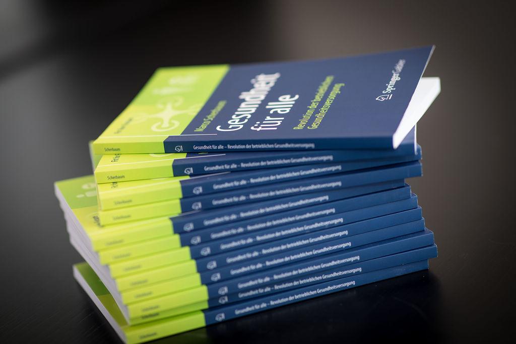 """Buch """"Gesundheit für alle - Revolution der betrieblichen Gesundheitsversorgung"""" Springer Verlag 2019"""
